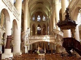 "Церковь ""Сент-Этьенн-дю-Мон"""